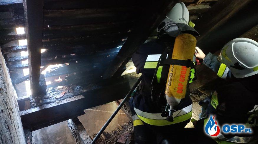 30/2021 Dogaszanie dachu ul. Narciarska OSP Ochotnicza Straż Pożarna