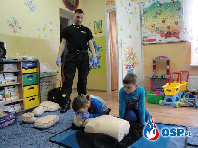 Prelekcja pierwsza pomoc w Gardei OSP Ochotnicza Straż Pożarna