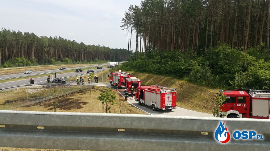 Pożar samochodu na drodze S8 OSP Ochotnicza Straż Pożarna