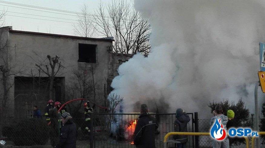 Pożar auta OSP Ochotnicza Straż Pożarna