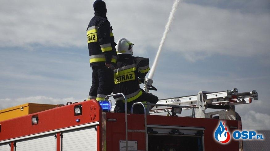 Pokazy na nowomiejskim rynku OSP Ochotnicza Straż Pożarna