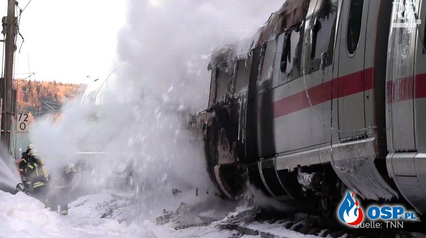 5 rannych, 500 ewakuowanych. Pociąg zapalił się w trakcie jazdy OSP Ochotnicza Straż Pożarna