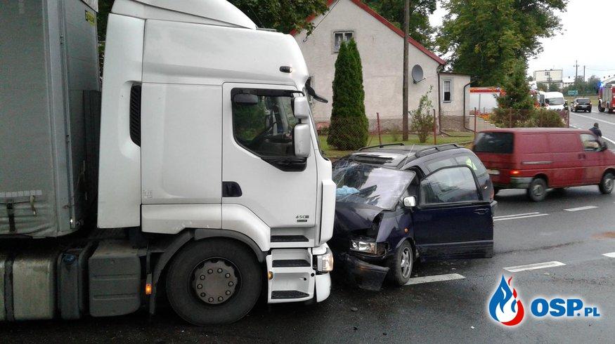 Wypadek drogowy Wirwajdy droga krajowa nr16 OSP Ochotnicza Straż Pożarna