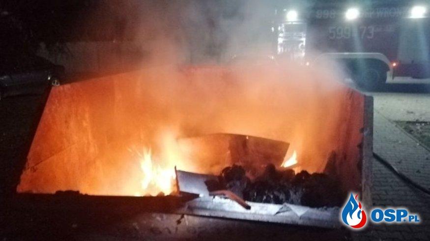 Wronki – pożar kontenera OSP Ochotnicza Straż Pożarna
