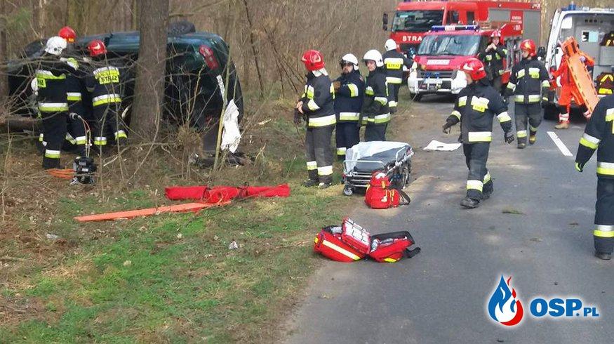 Groźny Wypadek Samochodowy (  Droga Powiatowa) OSP Ochotnicza Straż Pożarna