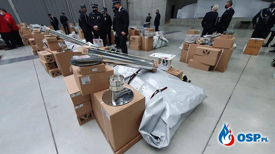Jednostki OSP z Opolszczyzny otrzymały sprzęt do walki z koronawirusem OSP Ochotnicza Straż Pożarna