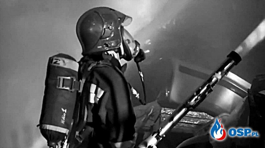 53-letni strażak OSP zginął w pożarze. Ogień zaskoczył go w jego domu. OSP Ochotnicza Straż Pożarna