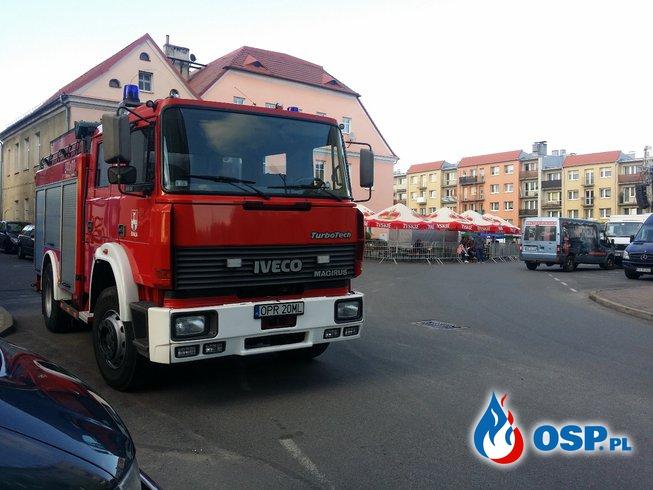 Zabezpieczenie imprezy VIII Parada Orkiestr Dętych na rynku w Białej OSP Ochotnicza Straż Pożarna