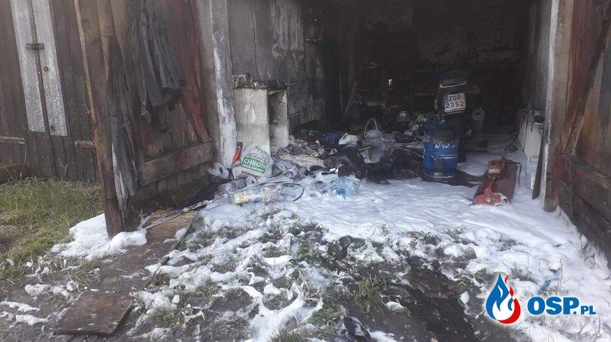 Pożar w garażu OSP Ochotnicza Straż Pożarna