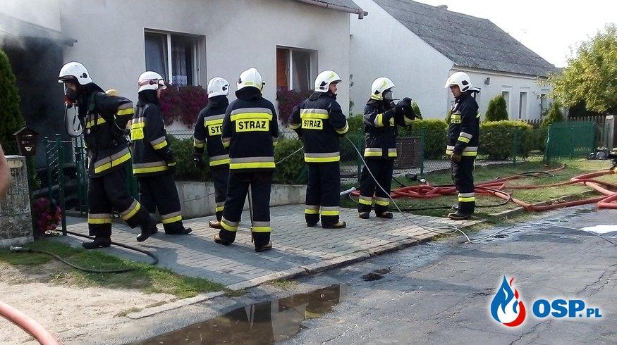 Pożar budynku mieszkalnego i samochodu - Wólka Orchowska OSP Ochotnicza Straż Pożarna