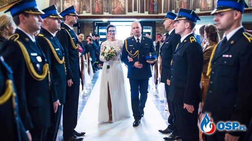 Ślub Naczelnika OSP Chodzież Kamila Woźniaka oraz Brama Weselna! OSP Ochotnicza Straż Pożarna