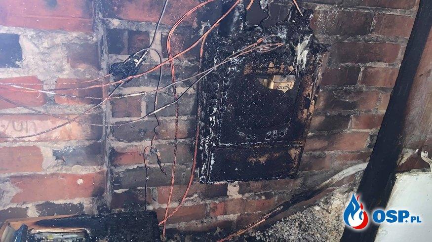 Pożar poddasza w budynku jednorodzinnym OSP Ochotnicza Straż Pożarna