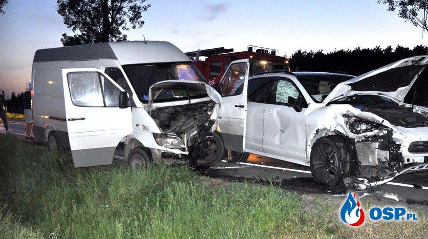 Wymuszenie pierwszeństwa przyczyną wieczornego zdarzenia na drodze krajowej nr 5 OSP Ochotnicza Straż Pożarna