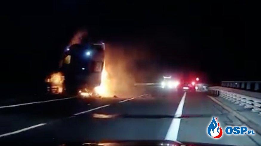 Śmiertelny wypadek na S1 nagrany samochodowym wideorejestratorem OSP Ochotnicza Straż Pożarna