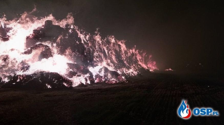 Duży pożar sterty słomy w Baniewicach. OSP Ochotnicza Straż Pożarna