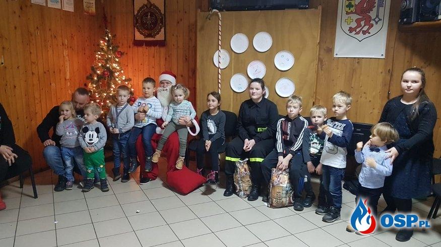 Mikołaj w Remizie OSP Trzebiatów OSP Ochotnicza Straż Pożarna