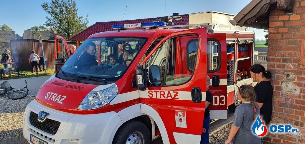 Pokaz pierwszej pomocy w Mokrej OSP Ochotnicza Straż Pożarna
