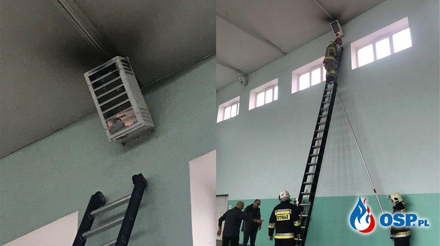 200/2020 Zwarcie instalacji i pożar lampy na sali gimnastycznej OSP Ochotnicza Straż Pożarna