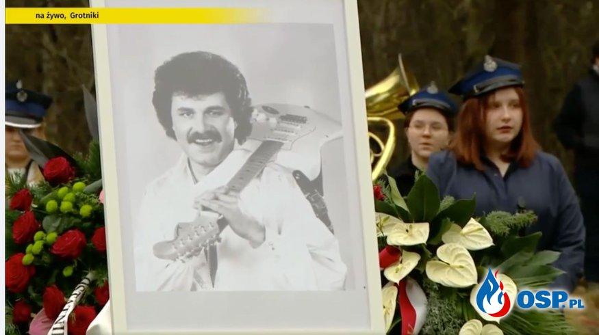 Strażacy podczas pogrzebu spełnili jedno z życzeń Krzysztofa Krawczyka OSP Ochotnicza Straż Pożarna