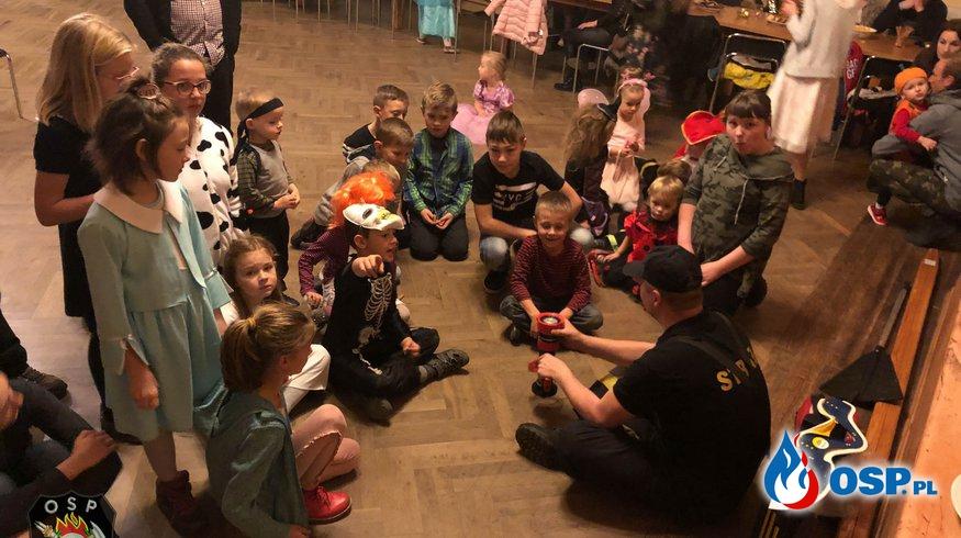 Konkurs wiedzy podczas zabawy Andrzejkowej dla dzieci! OSP Ochotnicza Straż Pożarna