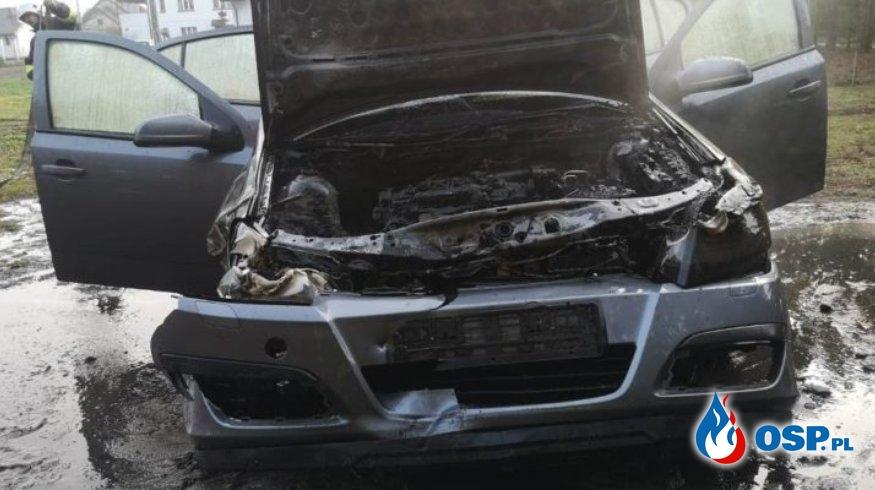 Stróżki – pożar samochodu OSP Ochotnicza Straż Pożarna