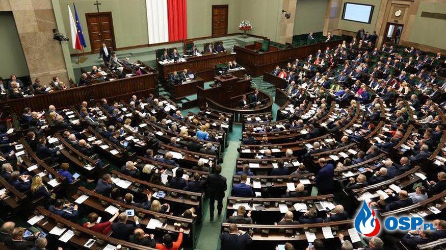 ZOSP RP już nie będzie dzielił pieniędzy. Sejm przegłosował ustawę o ochronie przeciwpożarowej. OSP Ochotnicza Straż Pożarna