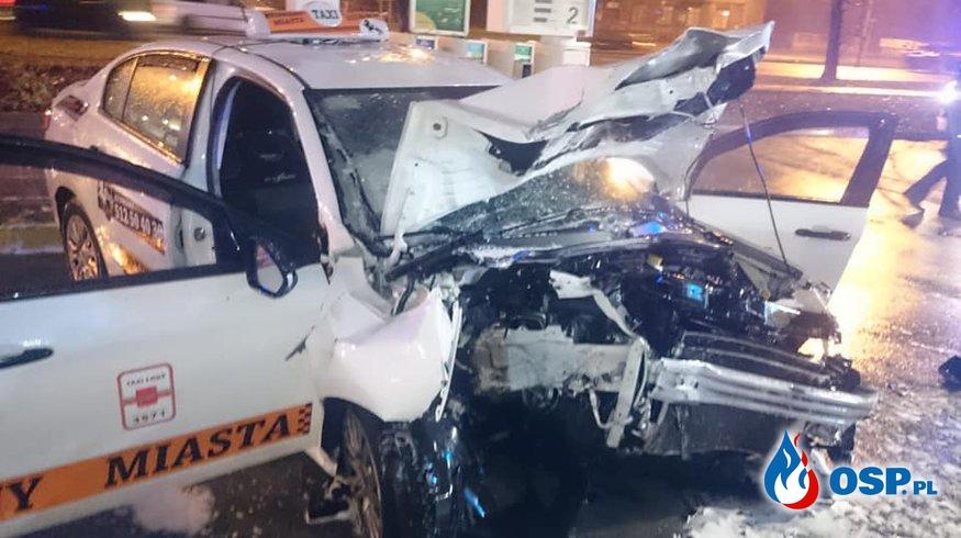 17-latka ukradła taksówkę i wjechała w dystrybutor na stacji paliw OSP Ochotnicza Straż Pożarna