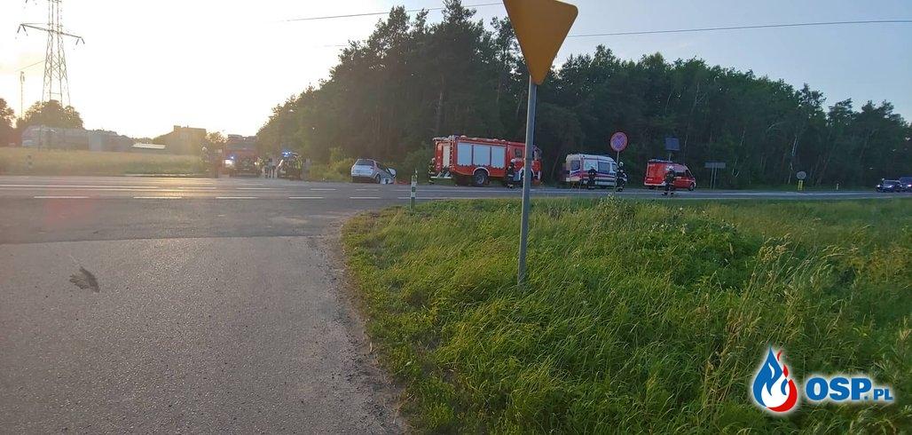 Śmiertelny wypadek z udziałem motocyklisty na DK7 OSP Ochotnicza Straż Pożarna