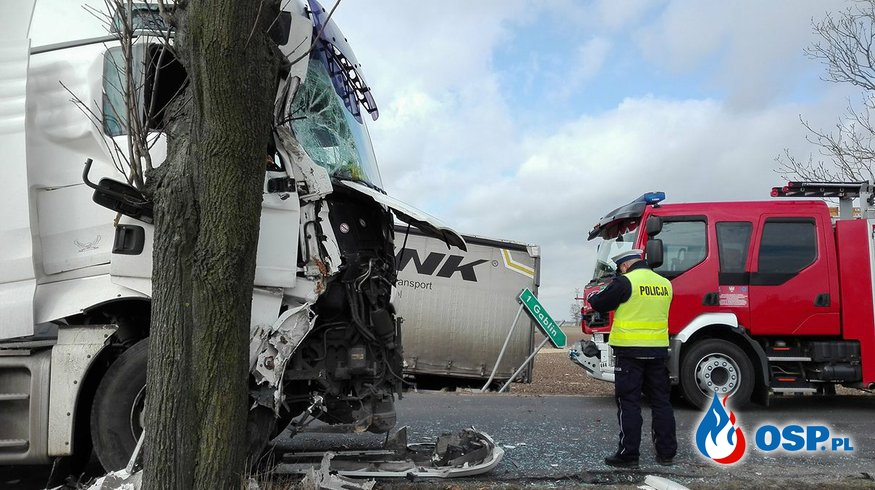 Gablin - zderzenie dwóch pojazdów ciężarowych OSP Ochotnicza Straż Pożarna