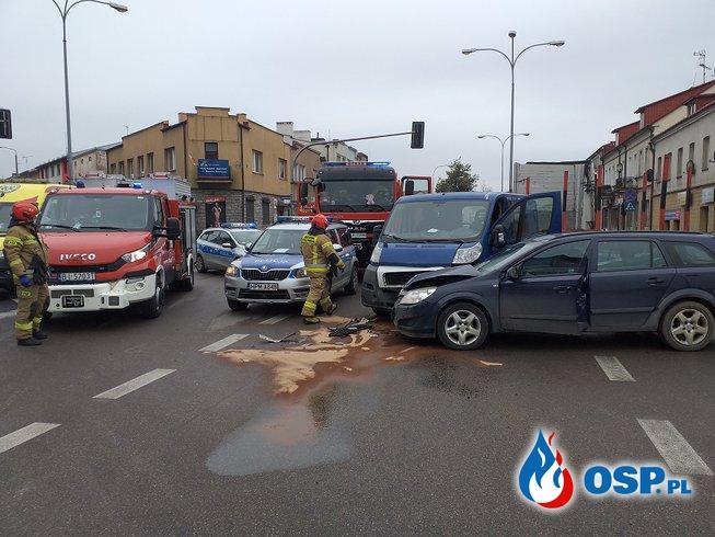 Wypadek na skrzyżowaniu dróg krajowych nr 61 i 65 w Grajewie OSP Ochotnicza Straż Pożarna