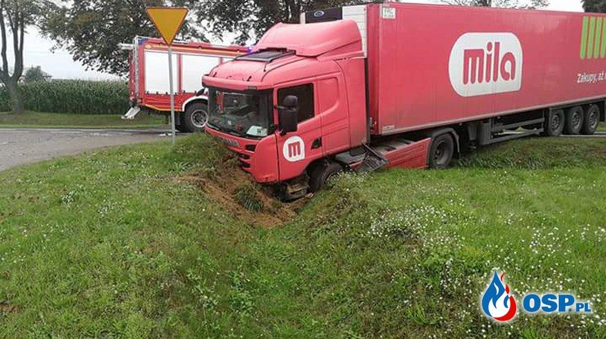Wypadek na DK60 w Glinojecku OSP Ochotnicza Straż Pożarna