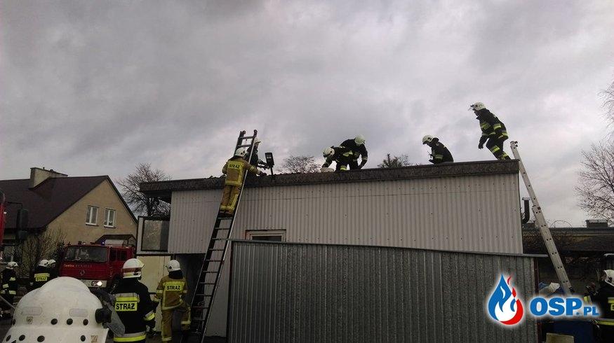 Ludwiczyn - pożar w garażu OSP Ochotnicza Straż Pożarna
