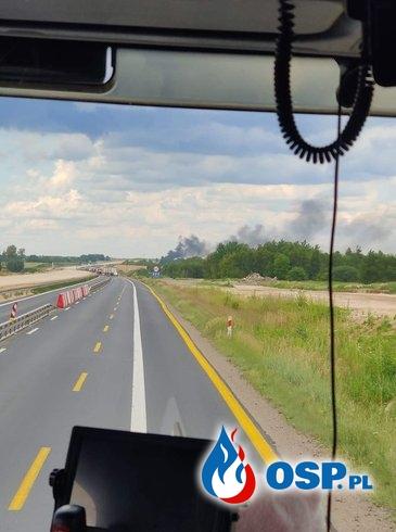32 rannych po wypadku i pożarze na DK1. Zderzyły się ciężarówki i autobus. OSP Ochotnicza Straż Pożarna