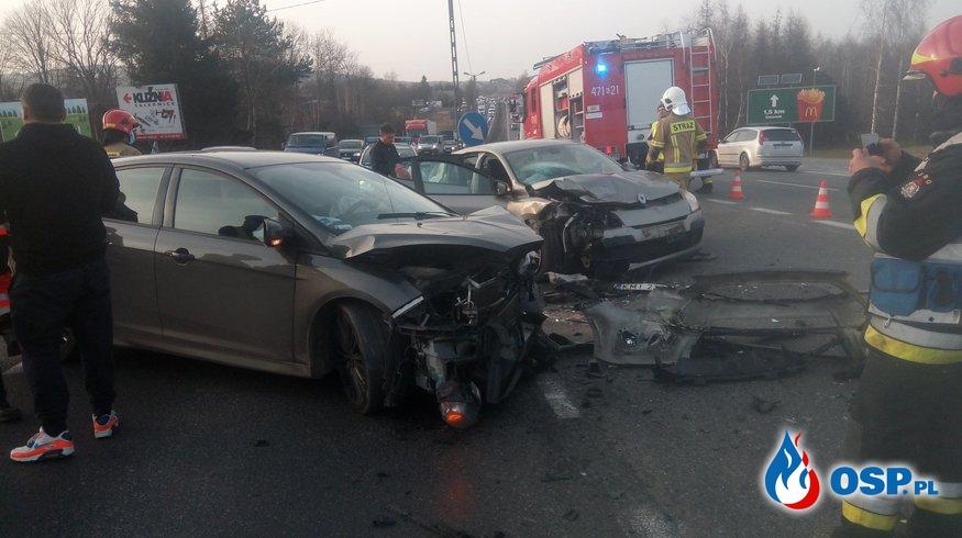 Wypadek dwóch samochodów osobowych na DK7 - 26 lutego 2021r. OSP Ochotnicza Straż Pożarna