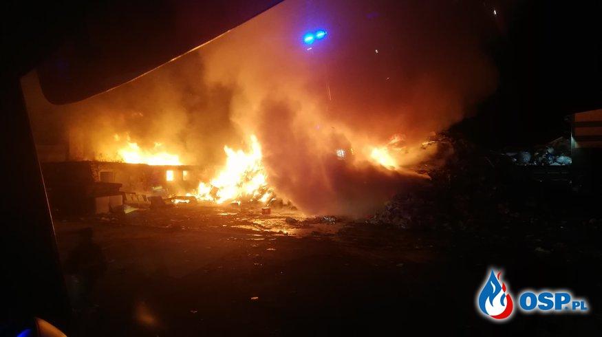 Pławce - pożar pryzmy śmieci OSP Ochotnicza Straż Pożarna
