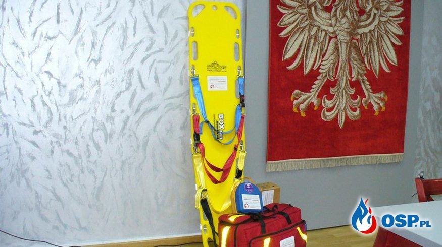 Przekazanie sprzętu medycznego OSP Ochotnicza Straż Pożarna