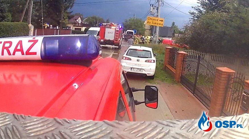 Zderzenie dostawczego busa i auta osobowego 09.09.19r OSP Ochotnicza Straż Pożarna