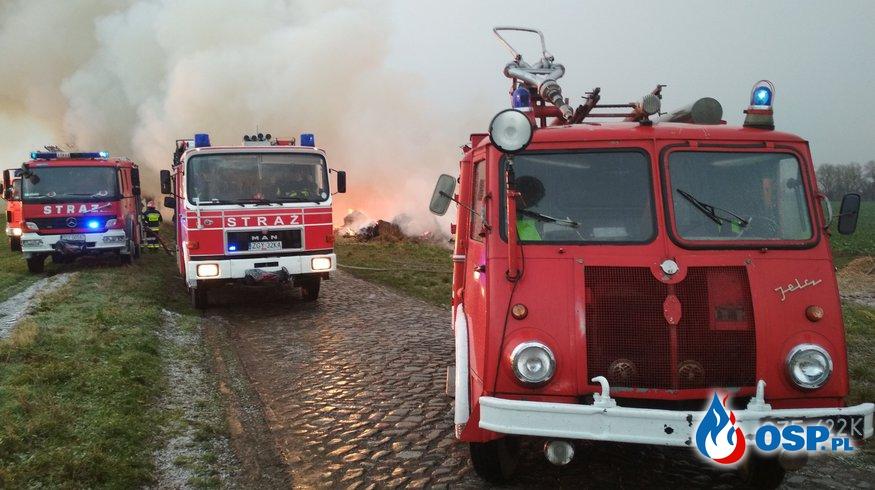 Pożar sterty balotów. 05-06.01.2019r. OSP Ochotnicza Straż Pożarna