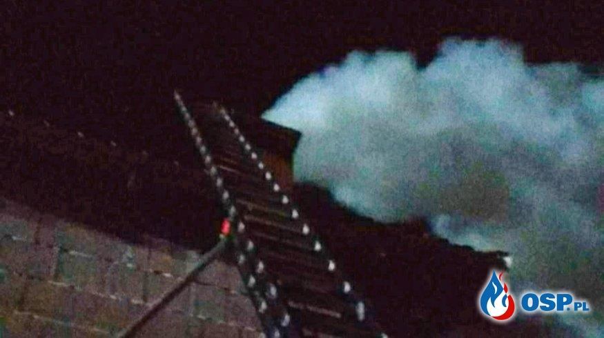 Pożar sadzy w przewodzie kominowym. OSP Ochotnicza Straż Pożarna