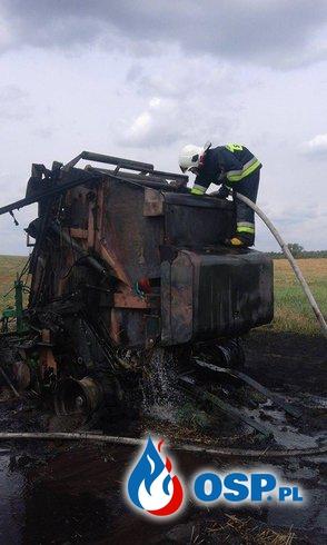 Pożar prasy na polu OSP Ochotnicza Straż Pożarna
