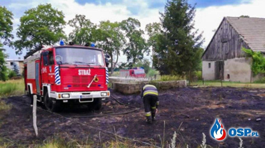Pożar trawy w Rzędzinach OSP Ochotnicza Straż Pożarna