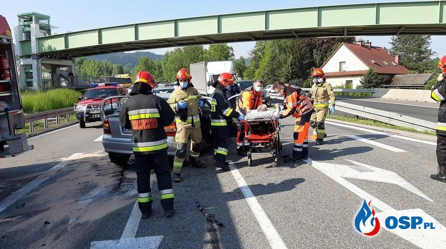 Wypadek trzech samochodów osobowych na DK7 - 28 maja 2020r. OSP Ochotnicza Straż Pożarna
