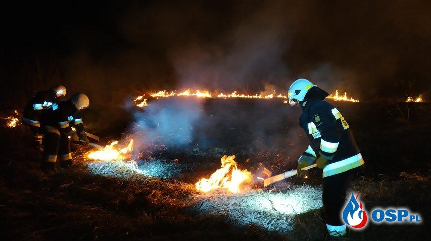 Pożar traw Makowce- Podgaj OSP Ochotnicza Straż Pożarna