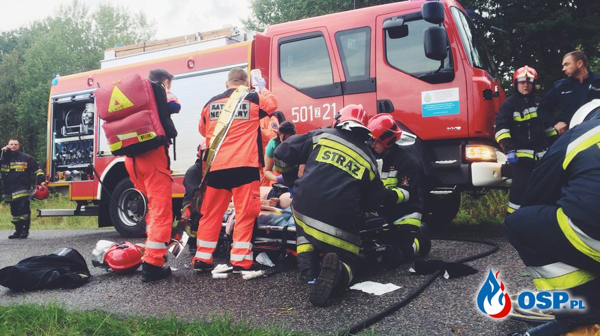 Groźny wypadek na drodze powiatowej pow. Policki OSP Ochotnicza Straż Pożarna