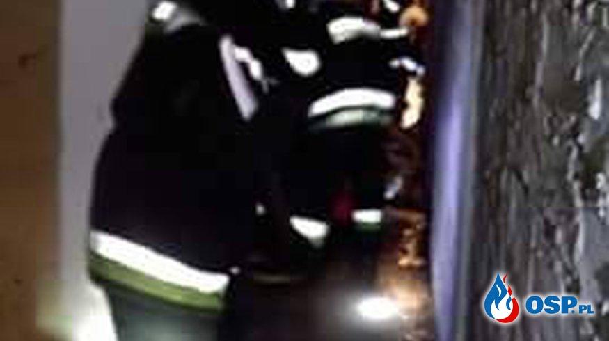Zalana piwnica na Starzyńskiego OSP Ochotnicza Straż Pożarna