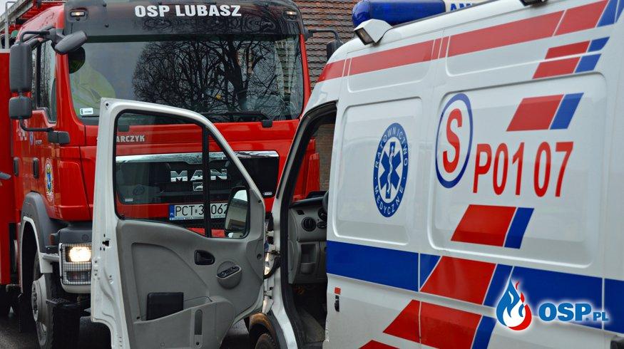 Groźny wypadek na skrzyżowaniu w Śmieszkowie ! OSP Ochotnicza Straż Pożarna