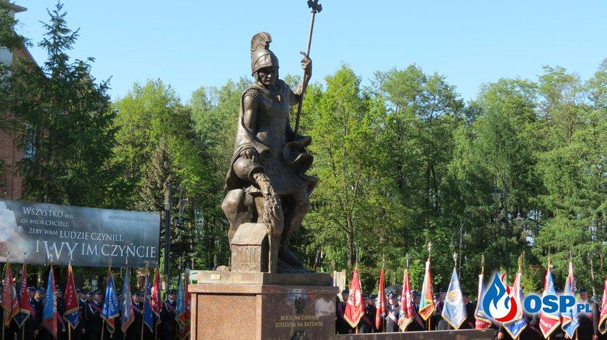 Pomnik św. Floriana odsłonięty w Sanktuarium w Górkach OSP Ochotnicza Straż Pożarna
