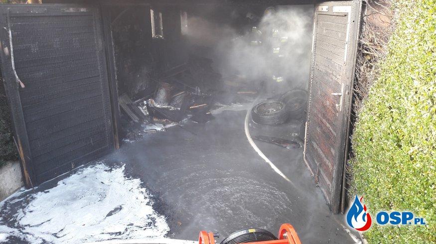 GROŹNY POŻAR GARAŻU OSP Ochotnicza Straż Pożarna