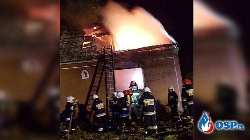 Dwie osoby zginęły w pożarze domu pod Tarnowem. W trakcie akcji zawalił się strop. OSP Ochotnicza Straż Pożarna