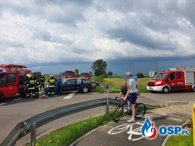[8MZ/2020] Wypadek dwóch samochodów osobowych - dwie osoby poszkodowane OSP Ochotnicza Straż Pożarna
